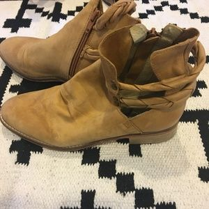 Free People Shoes - Free People landslide natural ankle boot